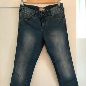 Free People cropped blue jeans